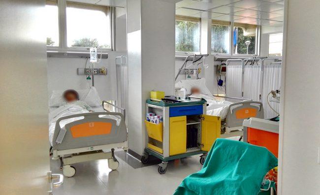 Una delle nuove stanze, occupate dai primi pazienti di Medicina d'urgenza