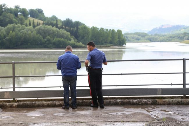 ricerche scomparsa camerino lago delle grazie tolentino (6)