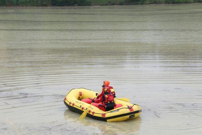scomparsa lago delle grazie sommozzatori vigili del fuoco 1