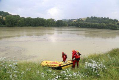 scomparsa lago delle grazie sommozzatori vigili del fuoco 3