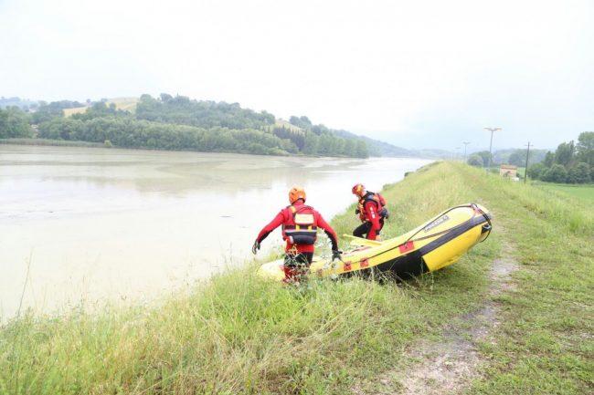 scomparsa lago delle grazie sommozzatori vigili del fuoco 6