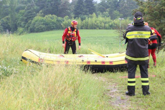 scomparsa lago delle grazie sommozzatori vigili del fuoco 7