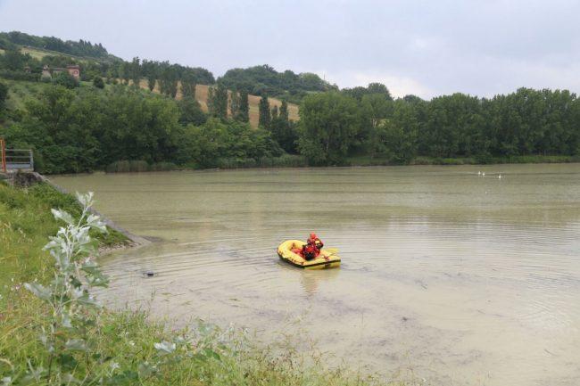 scomparsa lago delle grazie sommozzatori vigili del fuoco 8