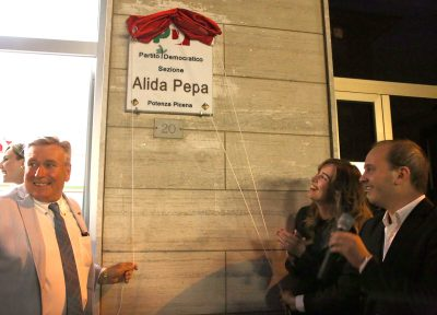 Il ministro Boschi inaugura la nuova sede del Pd intitolata ad Alida Pepa