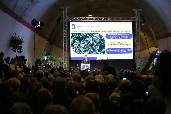 Matteo Renzi inaugurazione quadrilatero_Foto LB (5)