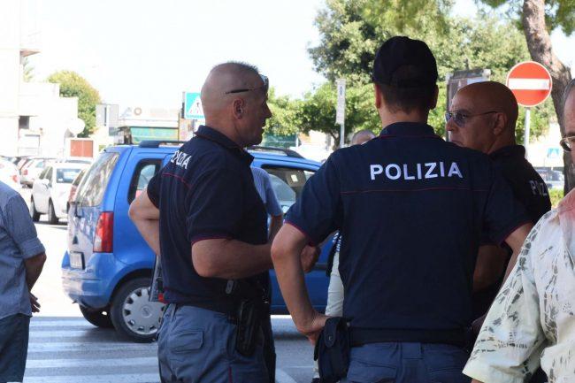 accoltellamento giardini piazza gramsci polizia - civitanova (5)