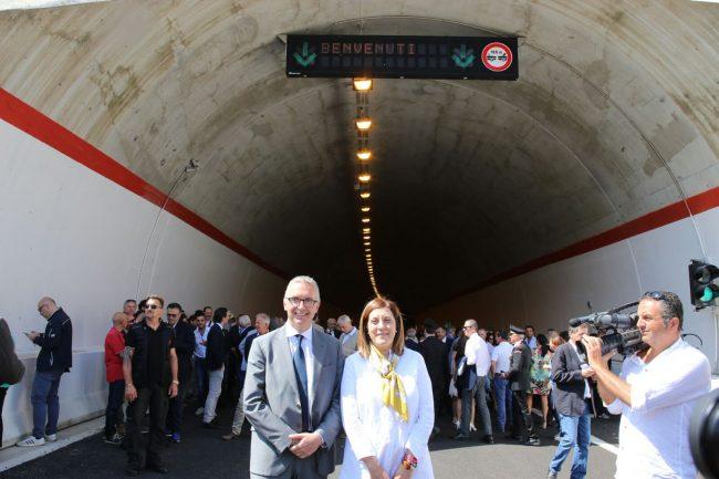 I presidenti di Marche e Umbria Luca Ceriscioli e Katiuscia Gabrielli