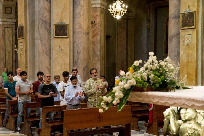 pachistani messa corridonia (1)