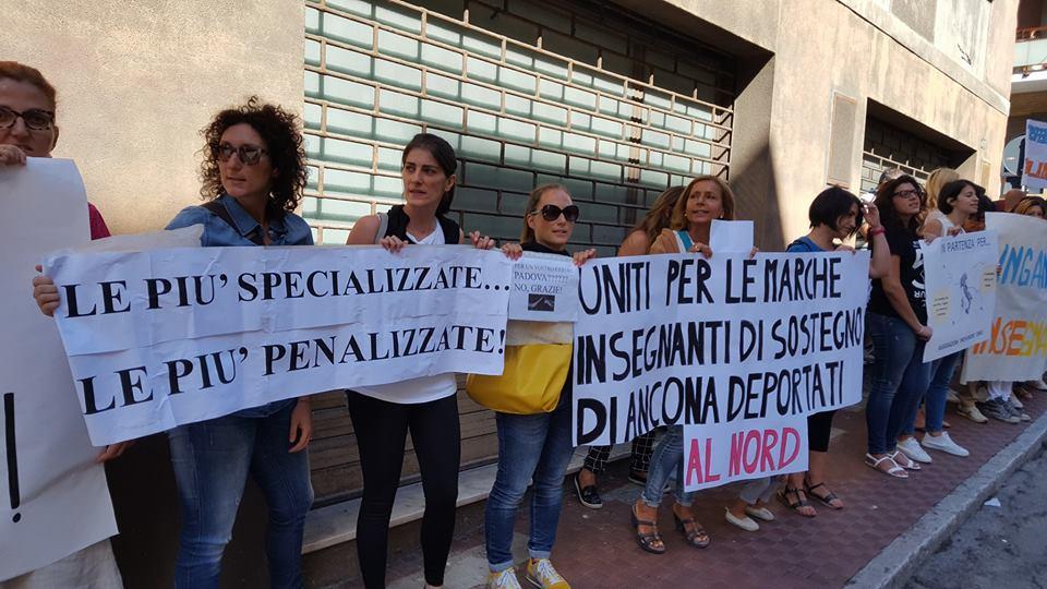 protesta docenti ancona