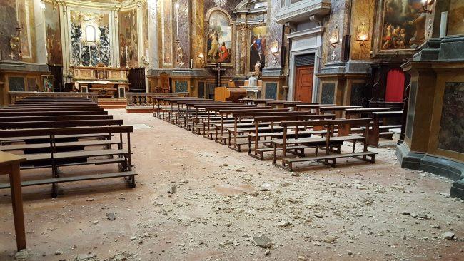 La chiesa di Santa Maria in via dopo il sisma del 24 agosto