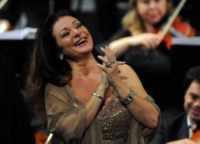 Daniela Dessì, al Teatro Pergolesi di Jesi per il concerto lirico inaugurale della Stagione Lirica 2009 (foto Binci)