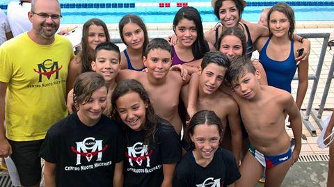 Gli Esordienti del Centro Nuoto Macerata