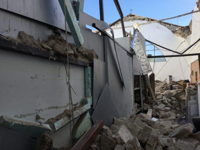 Tolentino: l'interno dell'ex chiesa Pace distrutto dal terremoto