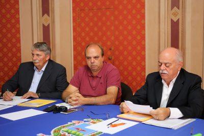 Pettinari con gli assessori Giorgio Palombini e Leonardo Lippi