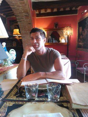Alessandro Neroni, disperso ad Amatrice, fa il parrucchiere a Civitanova