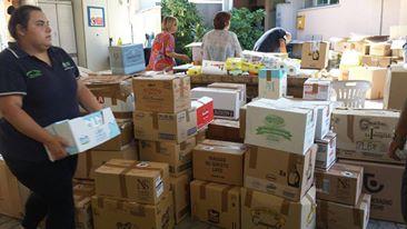 La raccolta dei viveri e degli indumenti alla Croce verde di Macerata