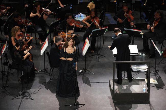 Daniela Dessì sul palco dello Sferisterio nel 2012 (foto di Alfredo Tabocchini)