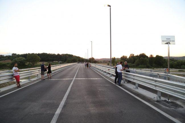 inaugurazione ponte san giovanni XXIII corridonia colbuccaro 2016 foto ap (34)