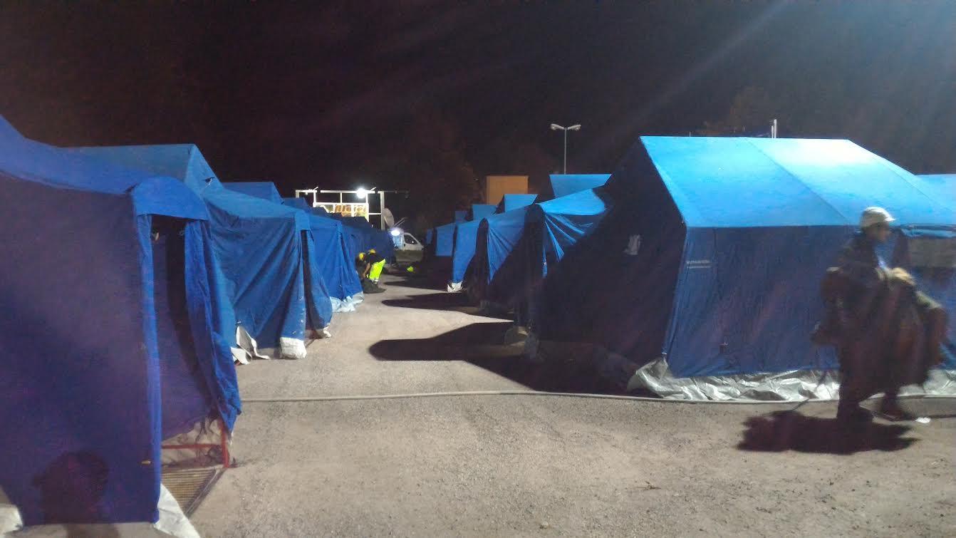 Terremoto, si fingono volontari per rubare nelle tendopoli