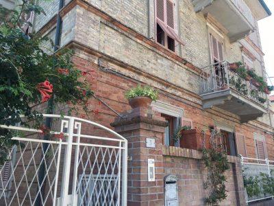 L'abitazione in cui è avvenuta la rapina