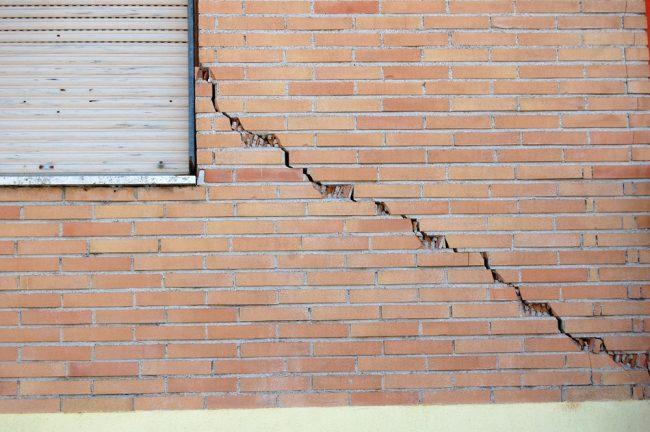 terremoto-danni-edificio-vi
