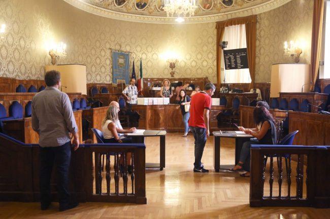 votazione presidente della provincia di macerata 2016 foto ap (7)