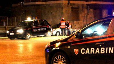 CONTROLLI-STRADALI-NOTTURNI-carabinieri-notte