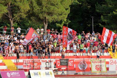 La tifoseria della Maceratese pronta per la gara con l'Ancona