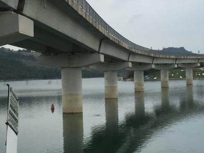 Il ponte del lago di Cingoli