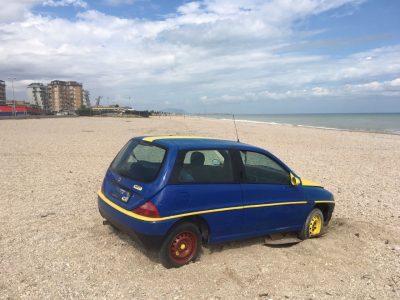 auto-spiaggia-civitanova_foto-fdm-2