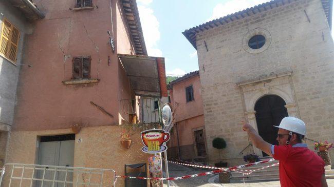 centro storico castelsantangelo terremoto (9)