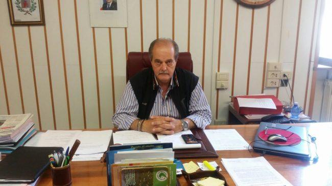 Il sindaco Falcucci