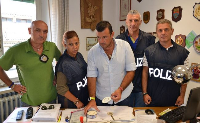 mobile-arresti-cocaina