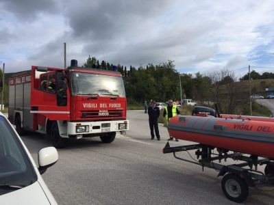 I vigili del fuoco di Macerata in supporto della prova di carico