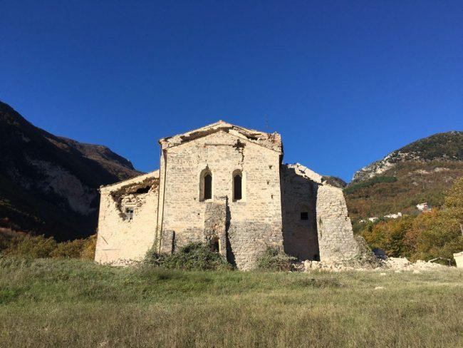 5sarnano_abbazia_piobbico_terremoto_30_ottobre