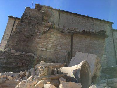7sarnano_abbazia_piobbico_terremoto_30_ottobre