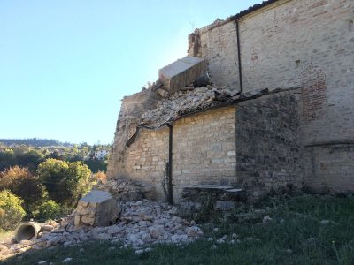 8sarnano_abbazia_piobbico_terremoto_30_ottobre