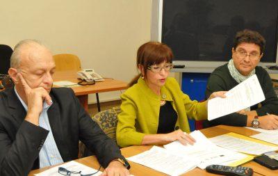 L'assessore Loretta Bravi durante la presentazione dei bandi