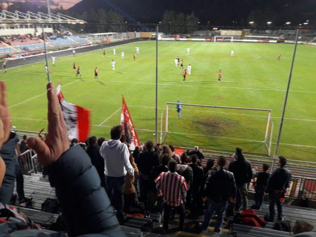 I tifosi della Maceratese a Gubbio