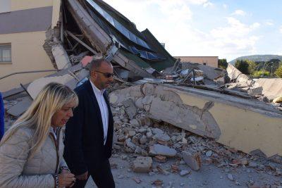 Il sindaco Rosa Piermattei con il presidente del Consiglio regionale Mastrovincenzo