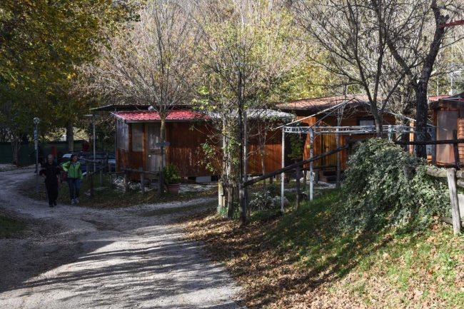 bungalow-camping-il-quercione-ussita-2-650x433