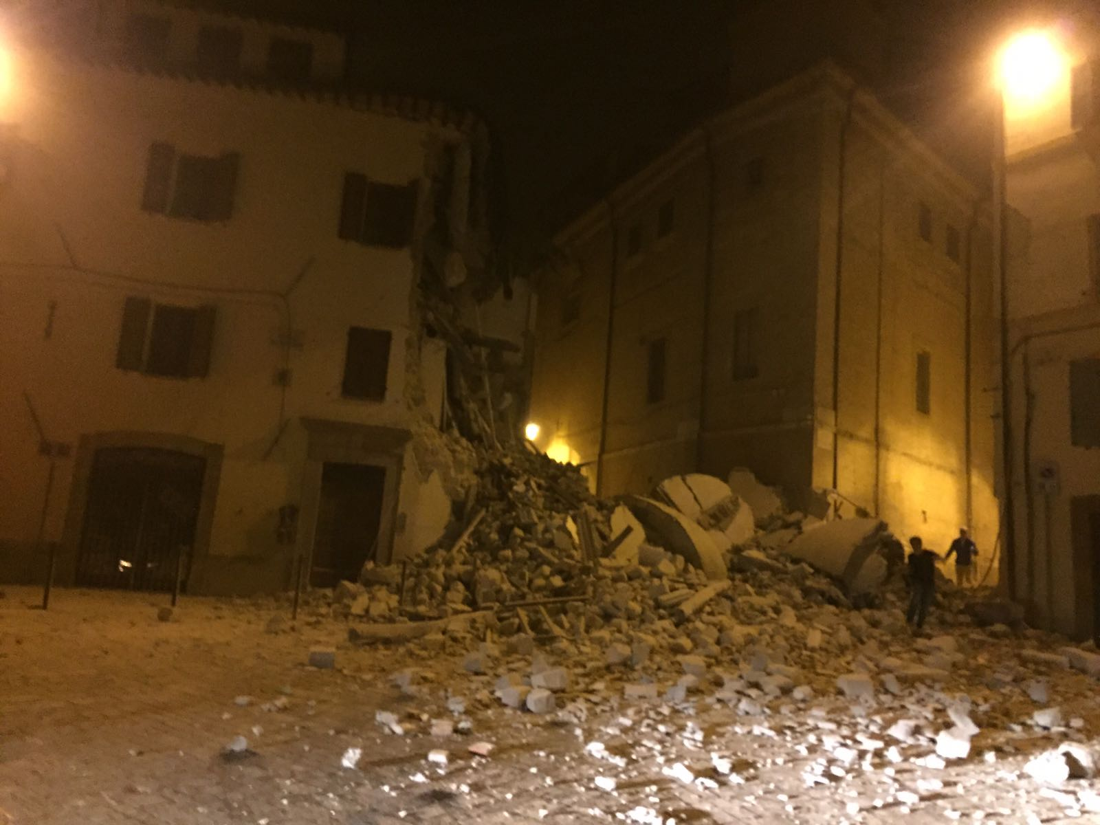 Terremoto: sindaco Camerino, no vittime crollato campanile