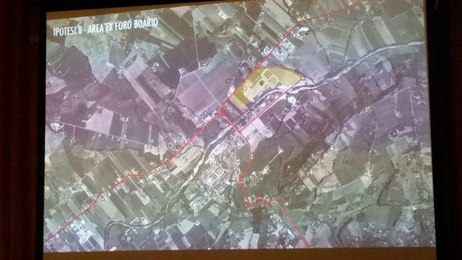Evidenziata in giallo, l'area del centro fiere di Villa Potenza