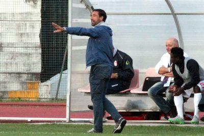 L'allenatore della Maceratese Federico Giunti