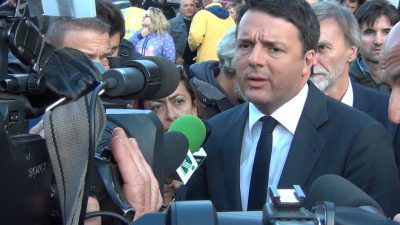 Il premier Matteo Renzi a Camaerino