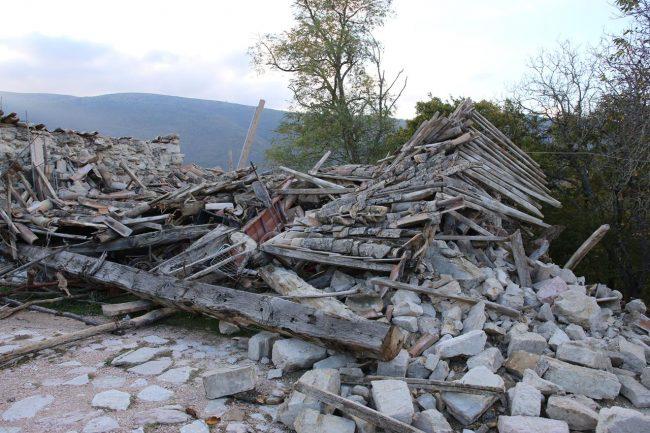 terremoto-pieve-torina_Foto-LB-25-650x433