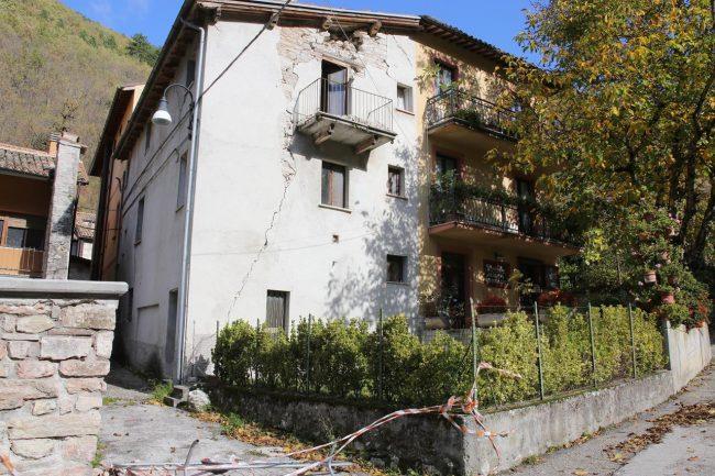 terremoto-ussita-crolli-capovallazza_foto-lb-5