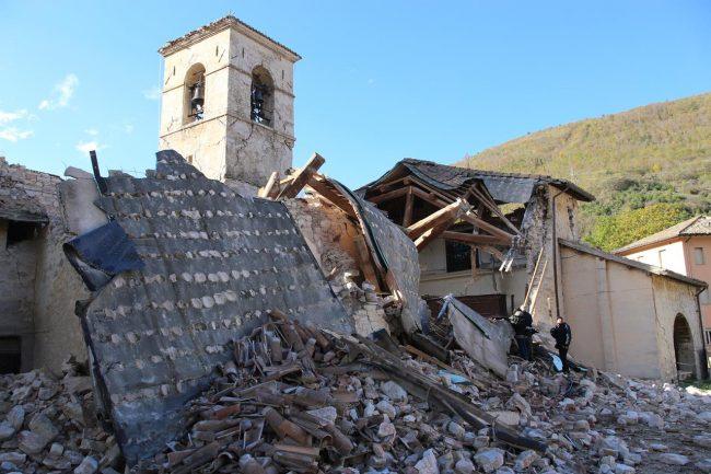 villa-santantonio-visso-terremoto-crolli_foto-LB-4-650x433