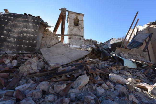villa_santanatonio_terremoto_30_ottobre_foto_de_marco-13