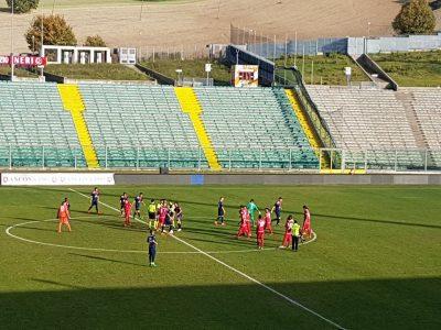 Ancona e Maceratese al centro del campo